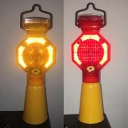 路锥警示灯太阳能 led路障警示灯价格