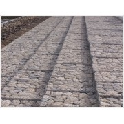 河北安平批发零售各种型号材质规格石笼网雷诺护垫