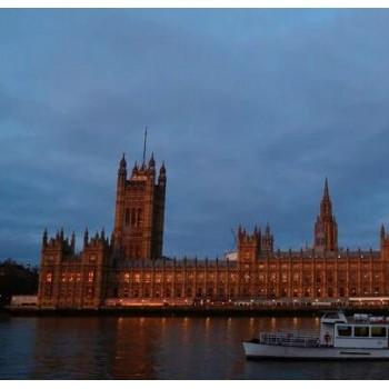 自1709年以来英国经济遭受最大跌幅